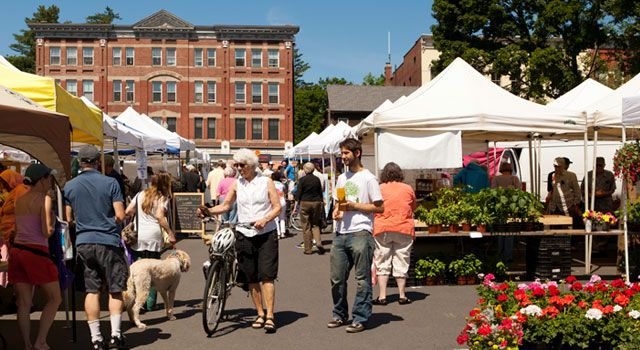 Amherst Farmers Market   Photo by Lynne Graves